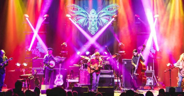 Railroad Earth's Spirit Warms The Wilma (Photo/Review)